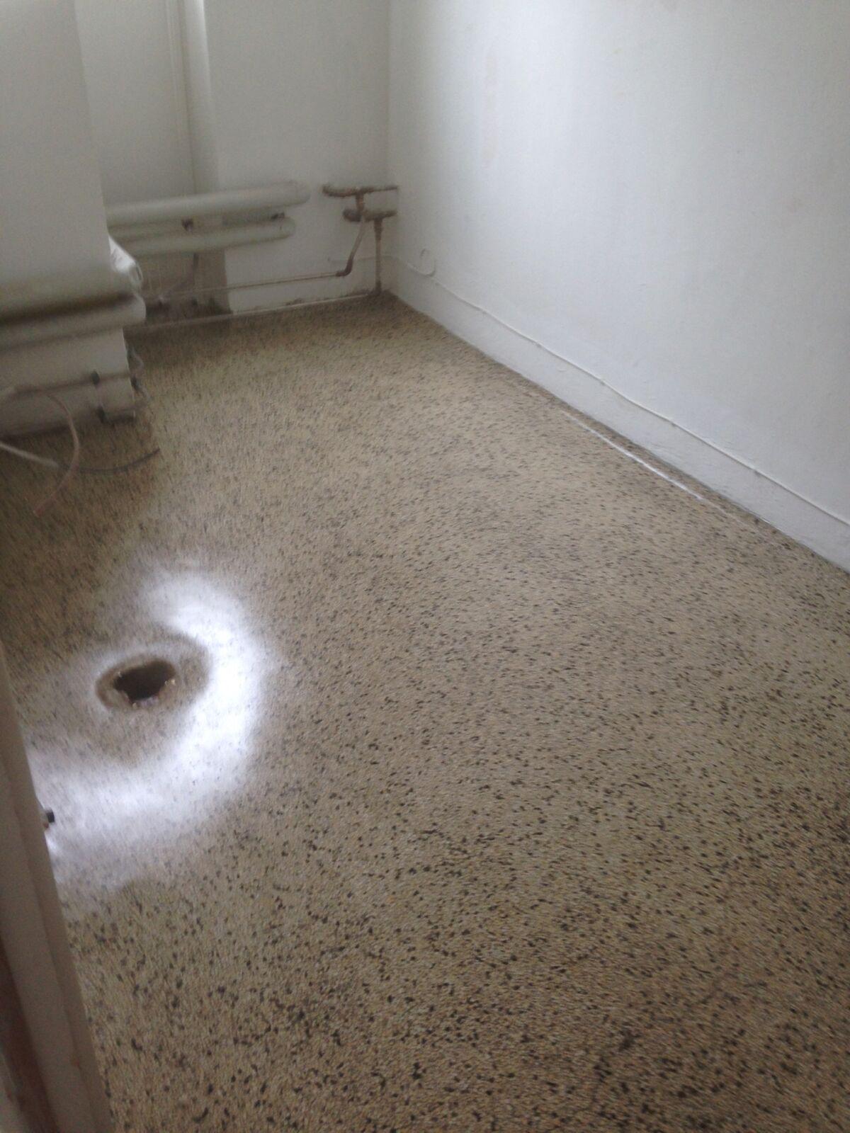 Færdig Terrazzo gulvbehandling